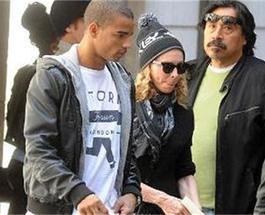 Мадонна беспокоится о возрасте
