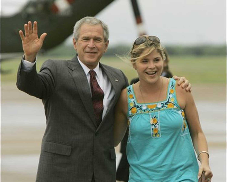 Джордж Буш-младший и его дочь Дженна Буш Хэйгер
