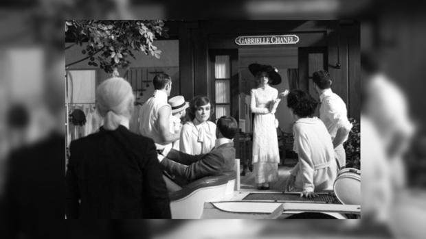 Кино Карла Лагерфельда с Кирой Найтли в главной роли презентуют перед показом Chanel в Сингапуре