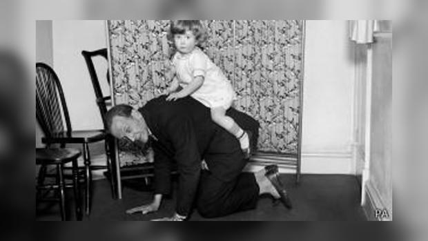 Алан Милн имел разносторонний житейский опыт