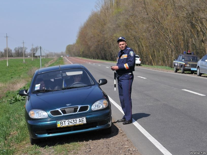 15 апреля вступили в силу новые правила дорожного движения