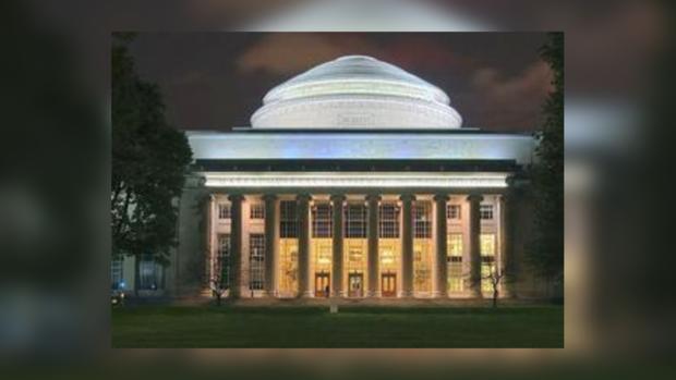 В Бостоне снова слышны взрывы, на этот раз возле Массачусетского технологического института