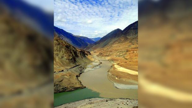 Ладакх. Слияние рек Инд и Занскар