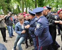 «Свободовцев» в Севастополе называют фашистами и хотят «запретить»