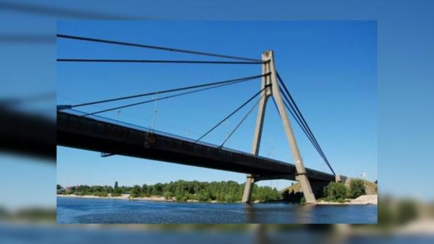 Московский мост отремонтируют