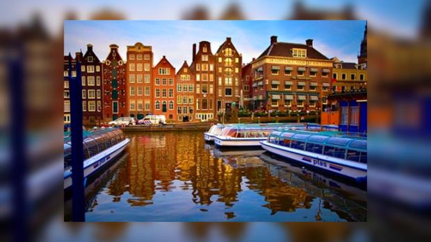 Амстердам по праву называют Северной Венецией