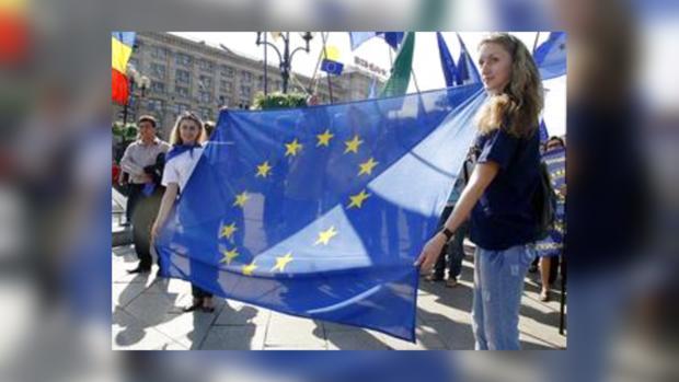 Украинцы поддерживают европейскую интеграцию страны