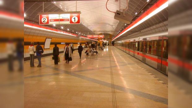 Пражское метро станет местом романтических встиреч