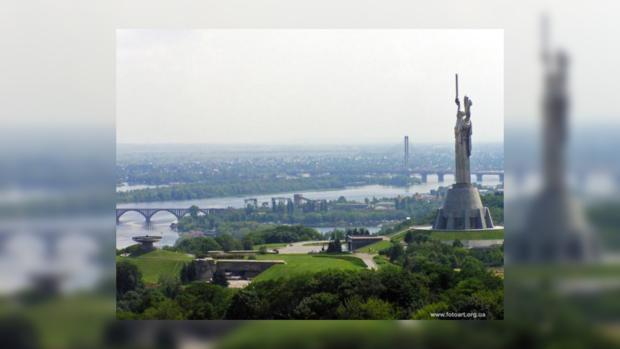 Киев особенно красив, если наблюдать за ним с высоты