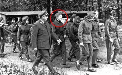 Фотографии Меркель в военной форме