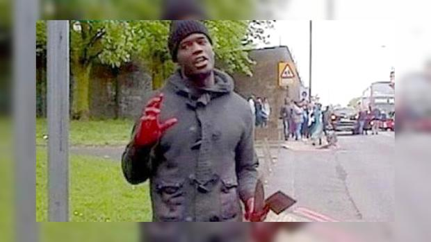 Чернокожий террорист с руками в крови жертвы гневно кричал:«Я извиняюсь перед женщинами, которым пришлось это наблюдать, но наши женщина видят подобное каждый день!».