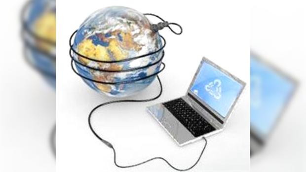 Информацию в интернете воруют