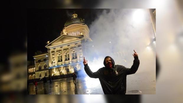 Участники флэшмоба утверждают, что не хотели конфликтов и драк с полицейскими