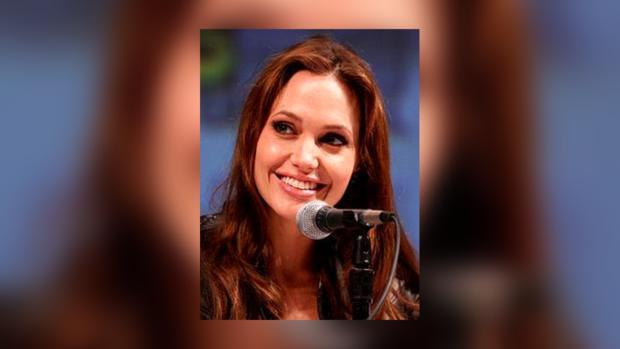 Анджелина Джоли мужественно отнеслась к испытанию, выпавшему на ее долю