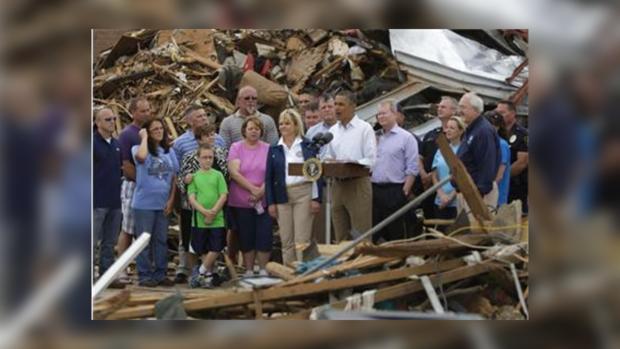 Президент США прослезился, увидев разрушения в Оклахоме