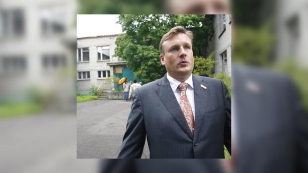 Депутата Сергея Донцова оштрафовали за неправильную парковку