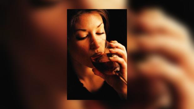 Женщинам опасно пить и курить