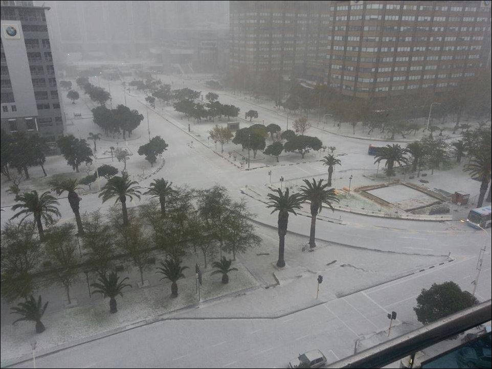 Ночью в Кейптауне выпал снег