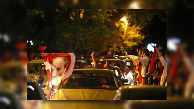 Начиная с пятницы, в Турции бушуют массовые беспорядки