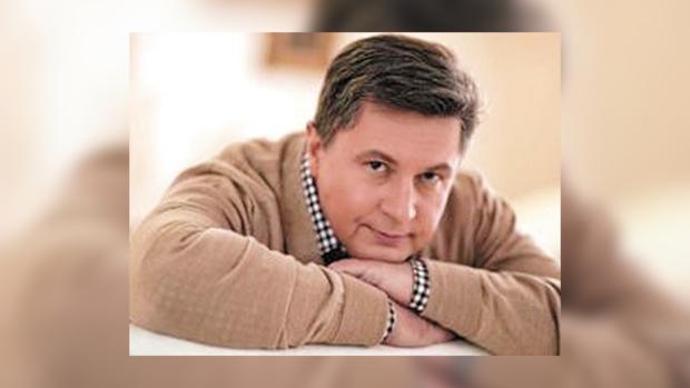 Алексей Азаров пообщался с журналистами.