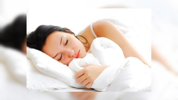 Спать нужно не меньше 6 часов.