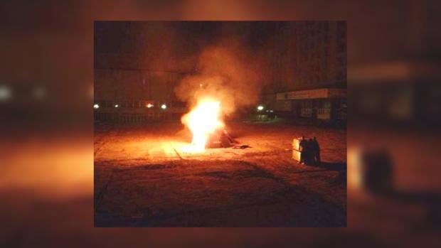 """Студенты КПИ сожгли забор первыми, чтобы не допустить """"свободовцев"""""""