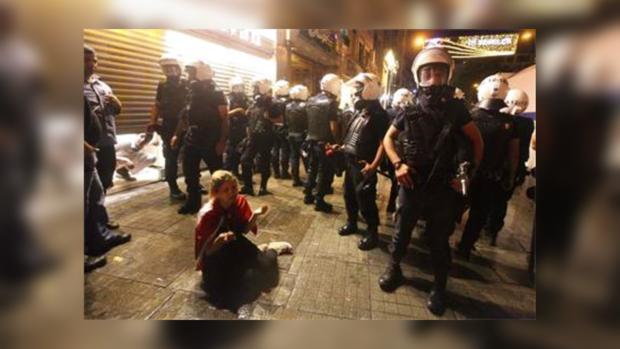 В беспорядках в Турции пострадало двое правоохранителей