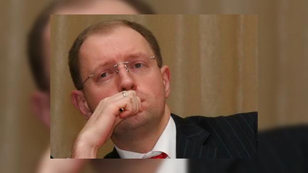 Эффективно управлять политсоветом Яценюк не может