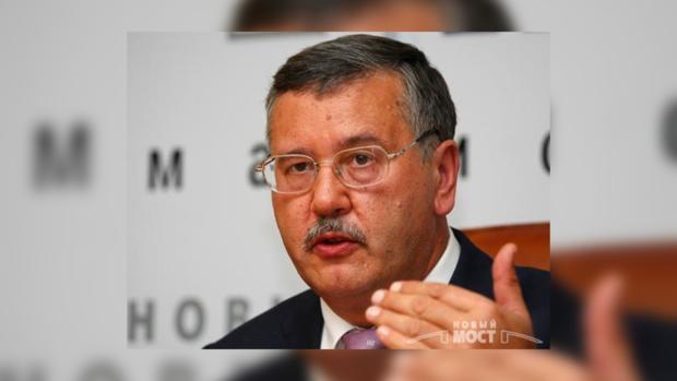 Гриценко уходить из фракции не намерен.