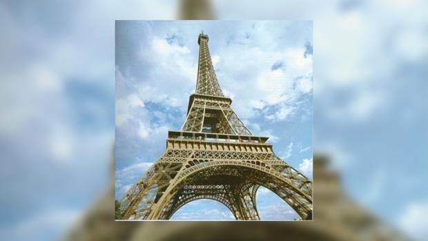 На Эйфелевой башне угроза суицида