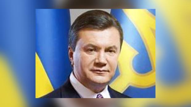 Януковичу украинцы доверяют.