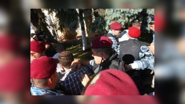 Свободовцы отпущены из милиции после драки возле Киево-Могилянской академии