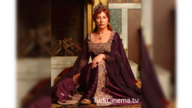 Зрители еще не успели привыкнуть к новой исполнительнице роли Роксоланы – Вахиде Гердюм.