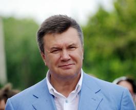 """Рэпер из Украины Майкл Щур рассказал о жизни Януковича в песне """"Гитарный перебор"""" (видео)"""