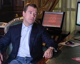 """Кто бы сомневался?! Самым """"продвинутым"""" блогером в России признали Дмитрия Медведева"""