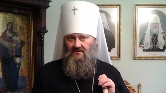 Владыка Павел возмущен охраной Януковича