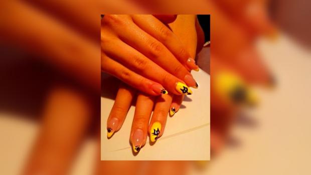 Рисунки на ногтях – один из трендов лета 2013.