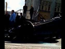 ДТП в центре Киева: машина перевернулась на крышу