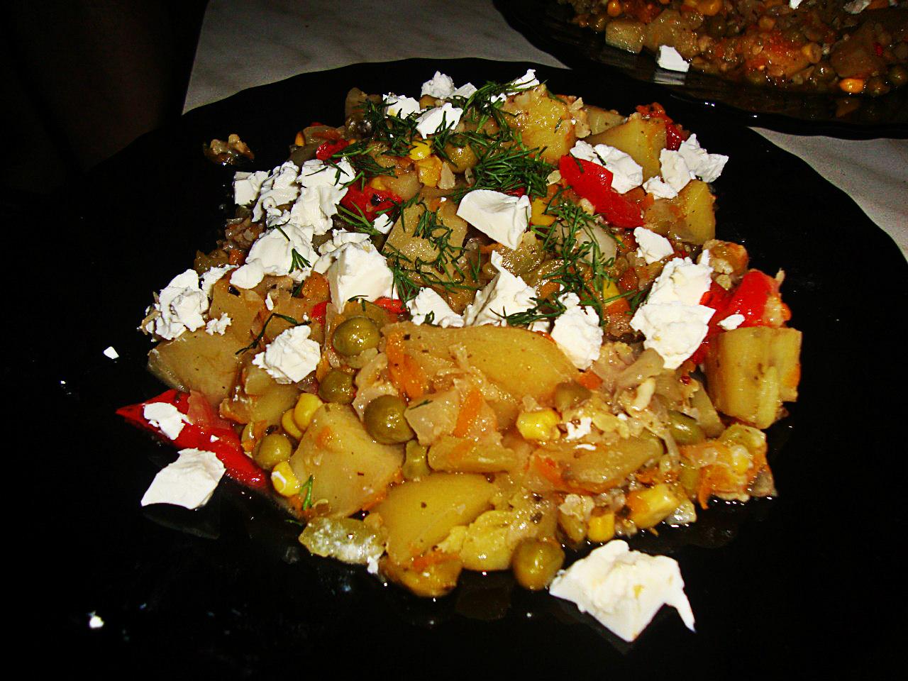 Рецепт овощного рагу с сыром фета