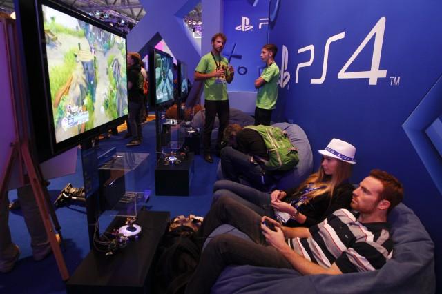 Xbox One или Playstation 4? Ответ узнаем совсем скоро