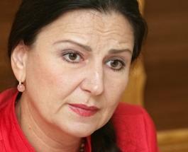 Инна Богословская: Путин запугал Януковича, видно есть серьезный компромат