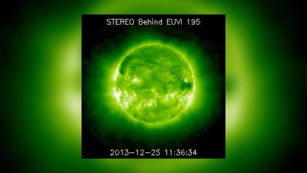 Снимок Солнца за 25 декабря 2013 года не предвещает серьезных проблем на сегодня