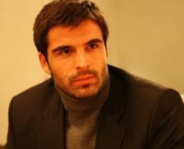 Мехмет Акиф Алакурт и его жена: когда узнаем имя избранницы?
