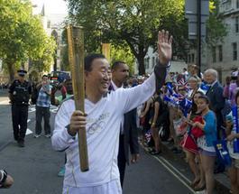 Пан Ги Мун будет нести Олимпийский огонь в Сочи