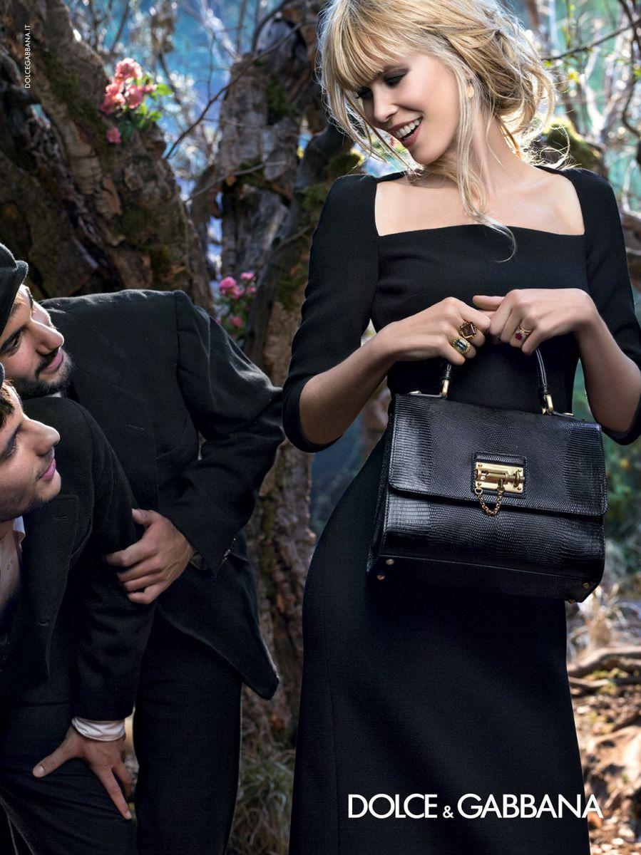Клаудия Шиффер стала лицом рекламной кампании именитого бренда