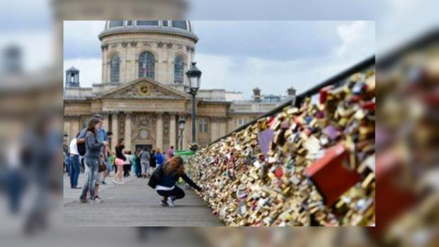 Новости мира: в Париже введен запрет на проявление чувств