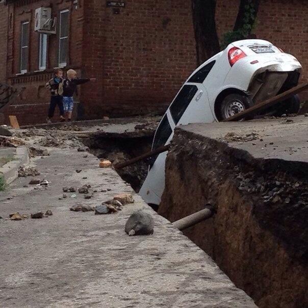 Ситуация в России: Ростов-на-Дону залило водой