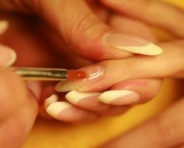 Рисунки на ногтях: биогель в домашних условиях