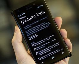 Благодаря новому приложению от Microsoft смартфонами можно управлять без прикосновений к экрану