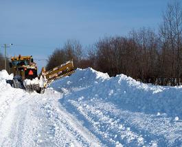 Автодороги Украины в 5 областях заблокированы из-за снега